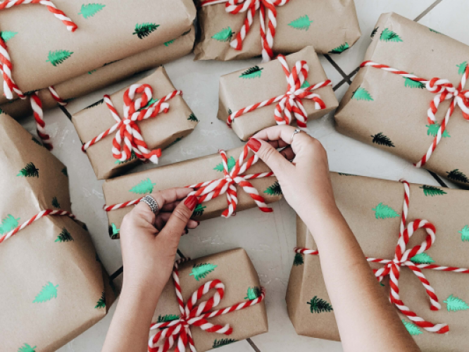5 Tips for Christmas Presents – Happy And Healthy Giving